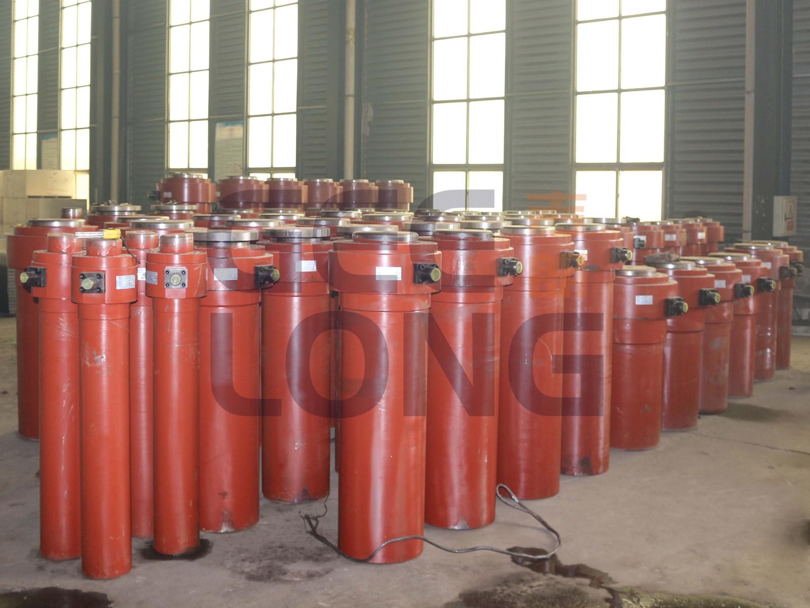 Hydraulic cylinder for plywood cold press machine.jpg