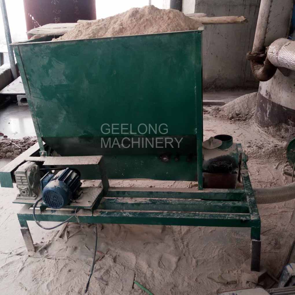 Sanding powder extruding machine connecting with boiler machine